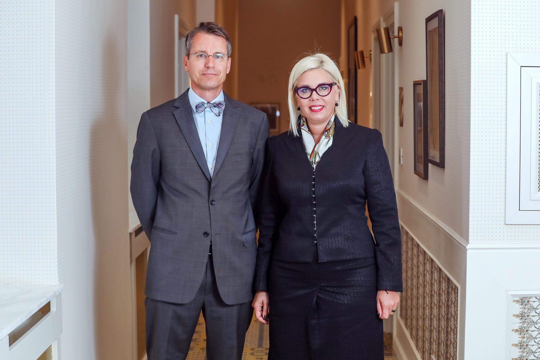 Dora Matocic i Mathias Papenfuss, strucnjaci za financije