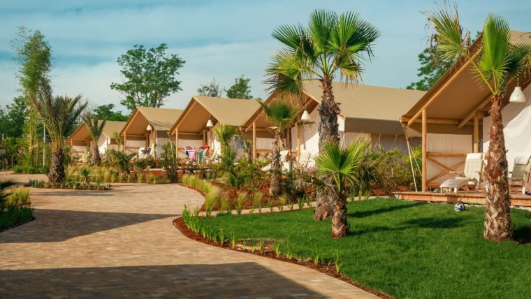 Lanterna Premium Camping Village_Maro Premium Glamping tent_photo