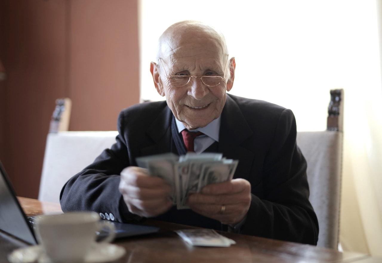 Sretni umirovljenik